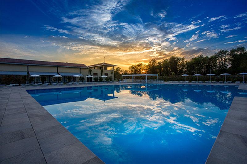 Villa-Sant'Uberto-piscina1