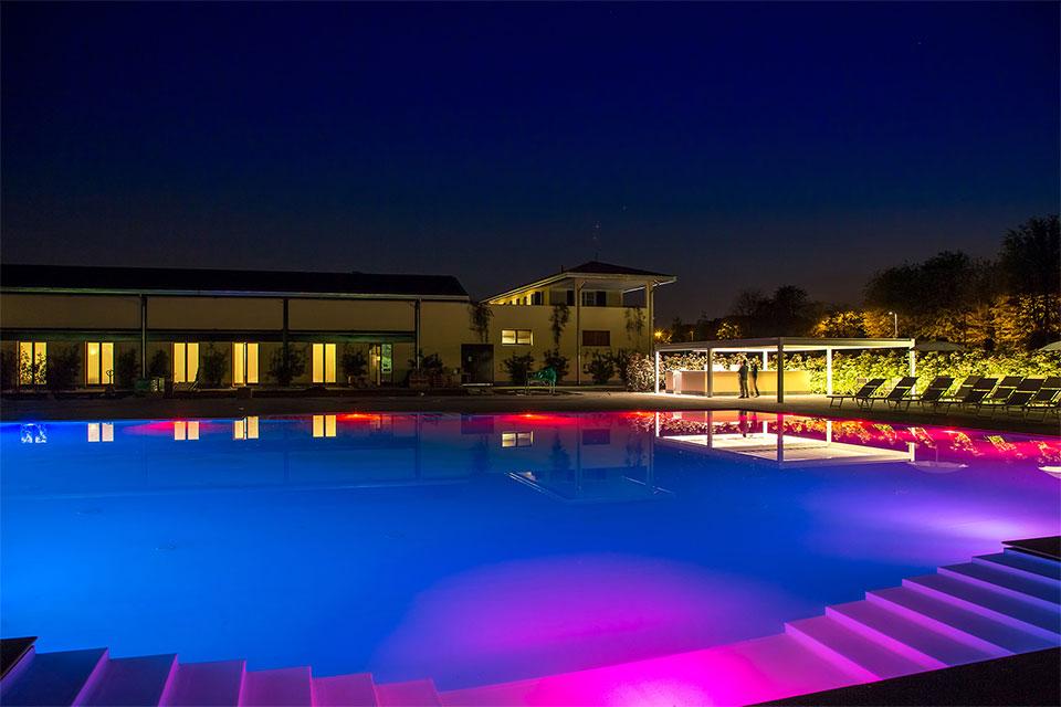 Villa-Sant'Uberto-piscina-eventi